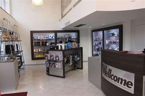 negozi informatica pavia negozi di mobili outlet di mobili ed arredamento e