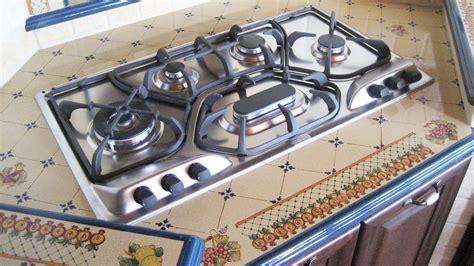 piano cottura pietra lavica top cucina in pietra lavica realizzati su misura artesole