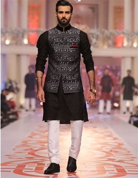 Latest Ethnic Fashion Fads For Women And Men   Trends Buzzer
