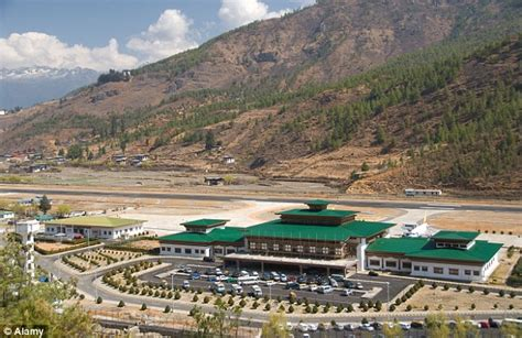 One Level Houses by The Himalayan Airport So Dangerous Only Eight Pilots Are