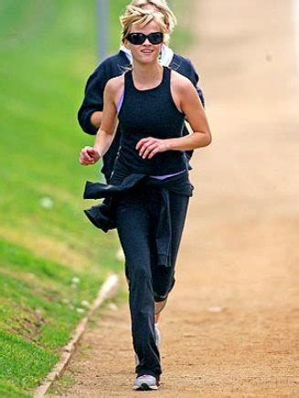 Reese Witherspoon Diet And Workout by Reese Witherspoon Diet And Exercise Regimen Dishin
