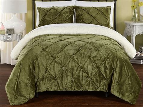 sherpa lined comforter josepha 3 piece pinch pleated sherpa lined comforter set