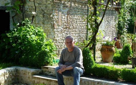 dans le jardin de 2070468186 promenade bucolique dans le jardin de chez chiron charente libre fr