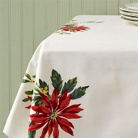 christmas tablecloths  linens vintage