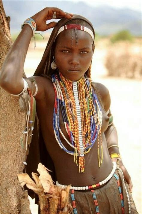 african tribe women the strength in the look is amazing afirika