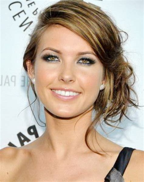 easy hairstyles for shoulder length wavy hair simple hairstyles for shoulder length hair