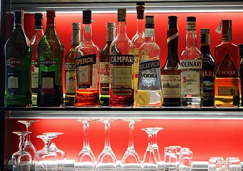 alcoholic drinks bottles stock pictures and drinks photographs