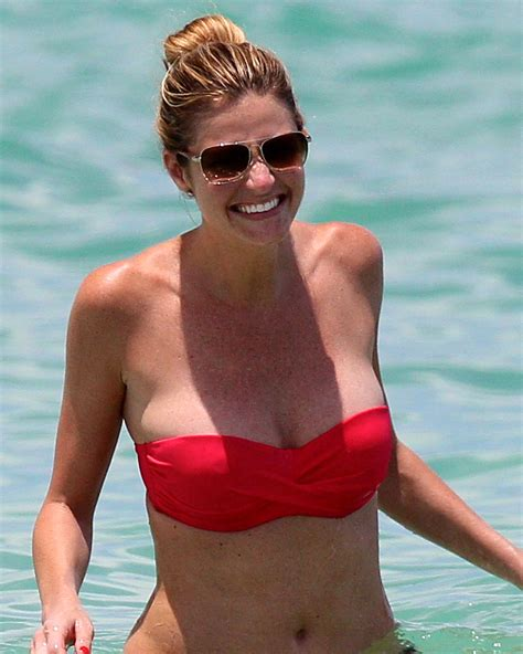erin andrews erin andrews biography peephole controversy age date of
