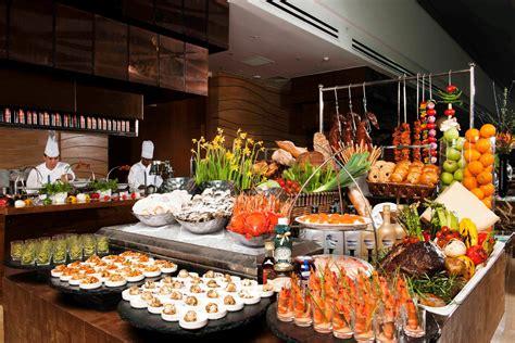 top international buffets  singapore  hotel
