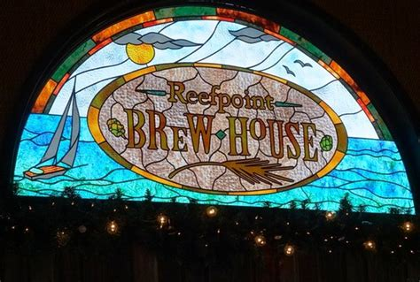 reefpoint brew house stained glass window foto reefpoint brew house racine tripadvisor