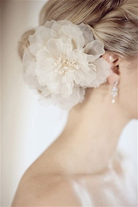 Wedding Hair Accessories Flowers Uk by Moonrise Wedding 187 Archive 187 Wedding Trends 2014
