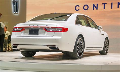 2020 lincoln continental lincoln 2020 lincoln continental black label look