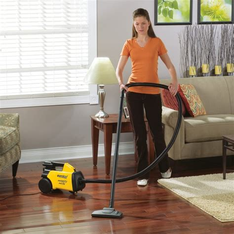 vacuum the carpet best vacuum cleaner 2017 vacuum reviews and buyer s guide
