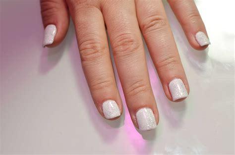 how to keep gel nails from breaking or peeling how to keep gel nails from breaking or peeling