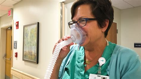 c section anesthesia options laughing gas can help women manage pain during labor