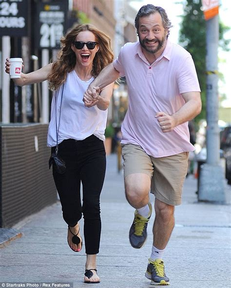 husbands cutting their wives hair games leslie mann shows off her slim figure in light summer