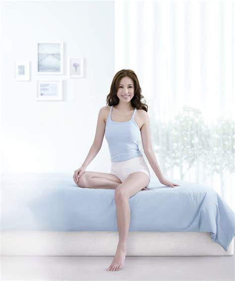 annie liu natural born actress singapore magazine