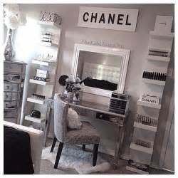 17 best ideas about makeup rooms on makeup