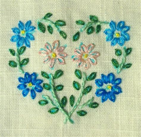 Handmade Embroidery Patterns - 20 beautiful embroidery designs easyday