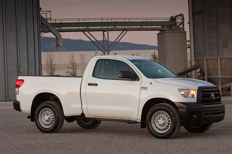 2013 Toyota Tundra Review 2013 Toyota Tundra Reviews And Rating Motor Trend