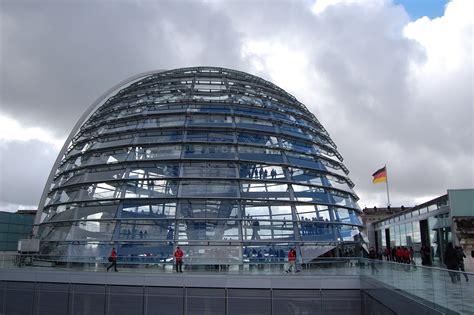 reichstag cupola cupola bundestag viaggi vacanze e turismo turisti