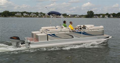 fast pontoon boats youtube deep blue powers new fast triple tube apex marine