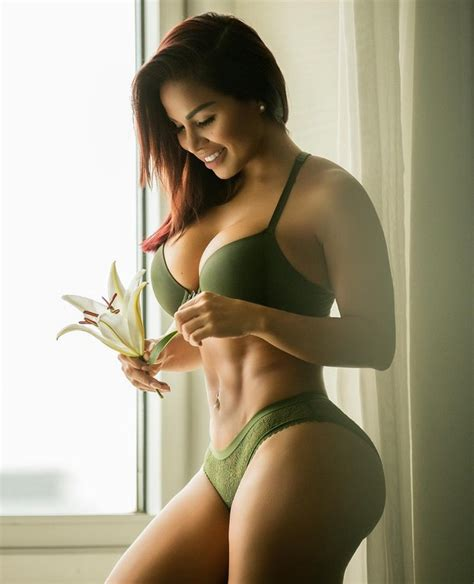 dolly castro big booty nicaraguan fitness model dolly castro 27 lurk and perv