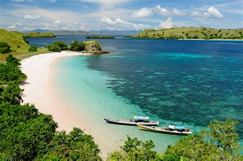 komodo boat trip review lombok  flores