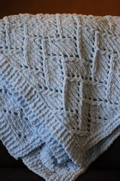 Pattern For Baby Blanket Knitting by Bulky Yarn Baby Blanket Knitting Patterns Knitting Bee