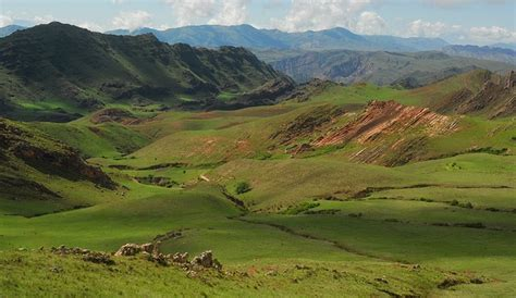 imagenes de paisajes andinos foto gratis paisaje andino verde monta 241 a imagen