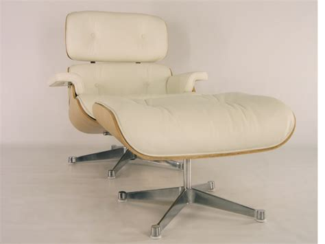 eames lounge chair walnut eames lounge chair light walnut
