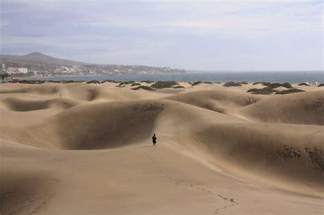 gran canaria turisti per caso dune a maspalomas viaggi vacanze e turismo turisti per
