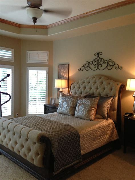 bedroom mesmerizing hooker bedroom furniture