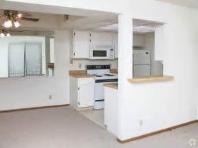 Piccadilly Apartments Omaha Ne Picadilly Square Picadilly Place Apartments Rentals