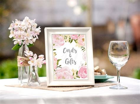 bridal shower table decorations best 25 bridal shower table decorations ideas on