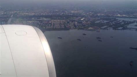 emirates nbd jakarta boeing 777 emirates airlines landing in soekarno hatta