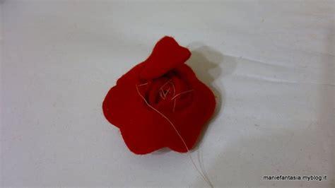 fiori di pannolenci come farli realizzare di pannolenci metodo 2 manifantasia