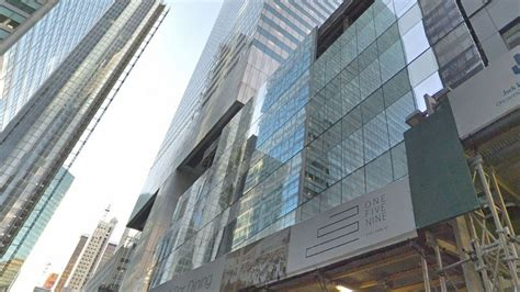 Nyu Mba Langone Real Estate by Nyu Langone To Take Large Space In Midtown Crain S New