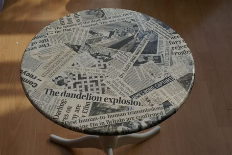 Decoupage With Newspaper - decoupage muebles 7