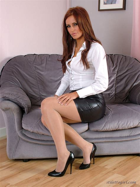 in leather mini skirt images