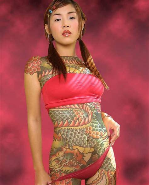 japanese yakuza tattoo female full body tattoos tattoo expo