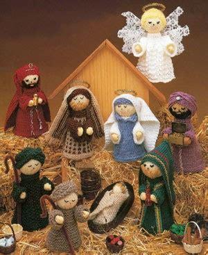 patterns for christmas nativity knit nativity scene epattern leisurearts com