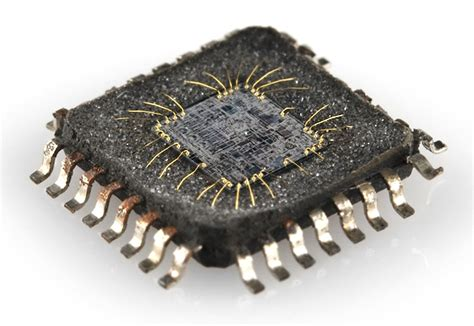 integrated circuit gold integrated circuits learn sparkfun