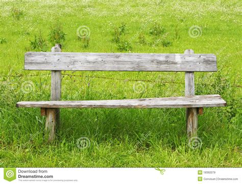 old bench old wooden bench royalty free stock images image 18392079
