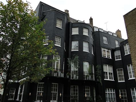 the apartment the apartment where keith moon and mama cass elliot died