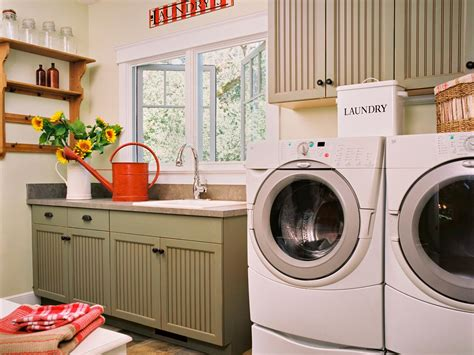 Country Laundry Room Decorating Ideas Tips For Organizing Laundry Rooms Easy Ideas For Organizing And Cleaning Your Home Hgtv