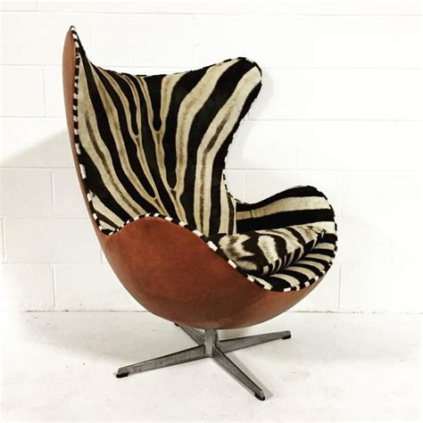Arne Jacobsen Egg Chair In Zebra Hide And Leather At 1stdibs Zebra Swivel Chair