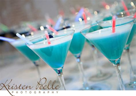 wedding style watch comfort food signature drinks