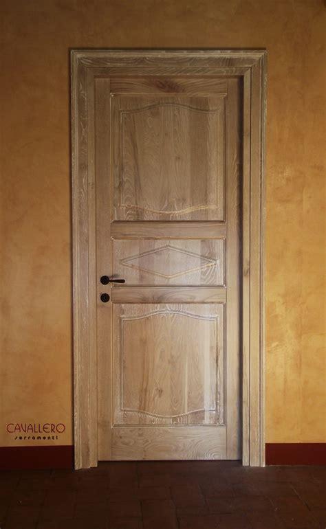 legno per porte interne porte interne in legno massiccio pantografate