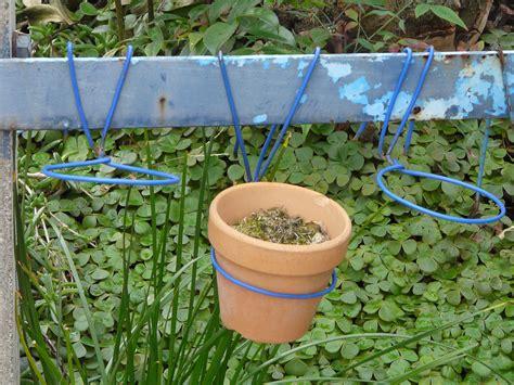 How To Make A Plant Holder - garden pot holders rseapt org